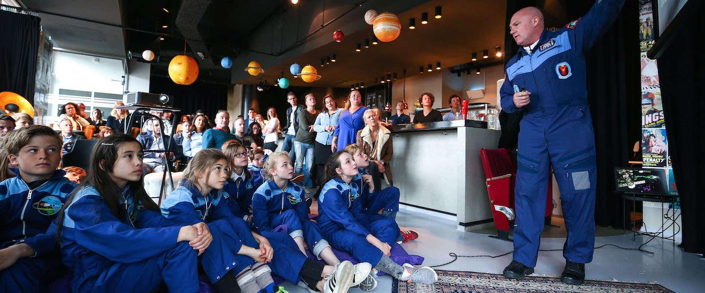 Sparen voor een reis door de ruimte met André Kuipers bij Albert Heijn