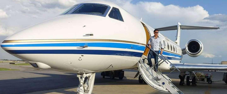 Sam Huang is de Airmiles-koning van de wereld