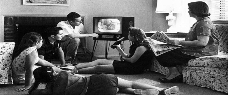 Een land overklast heel de wereld met televisie kijken en niemand weet waarom