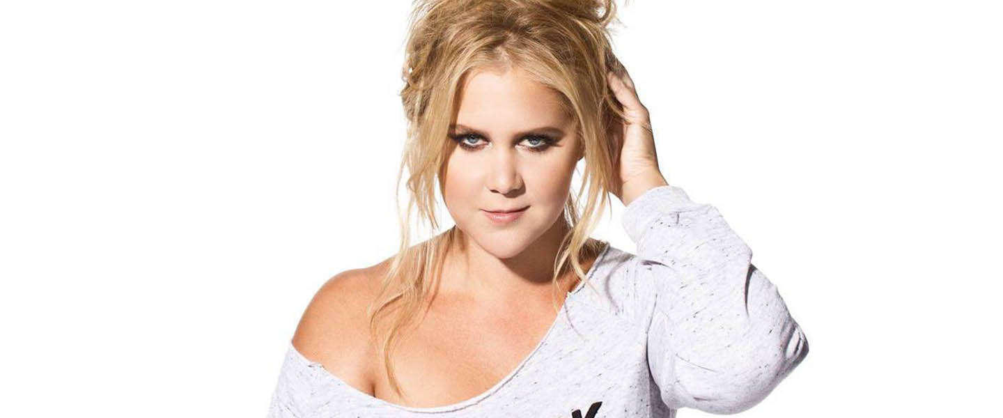 Amy Schumer stoot Armin van Buuren van de troon als most dangerous celebrity