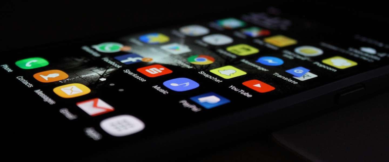 Bijna helft Nederlanders is voor gebruik corona-app