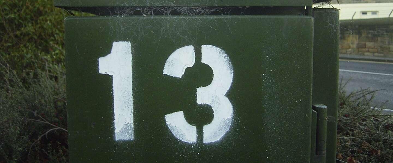 Bang zijn voor het getal 13: sommige mensen haten deze dag elke maand weer