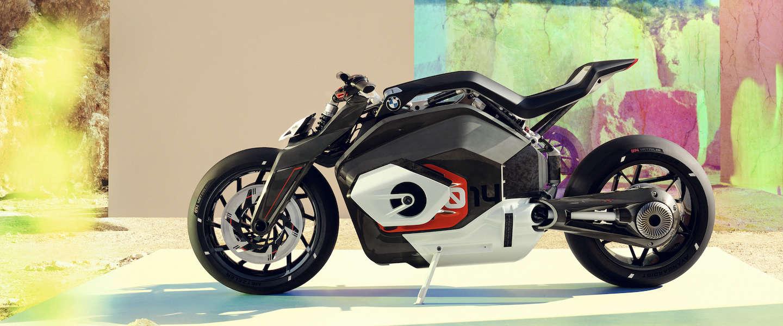 BMW Motorrad Vision DC Roadster is innovatie pûr sang