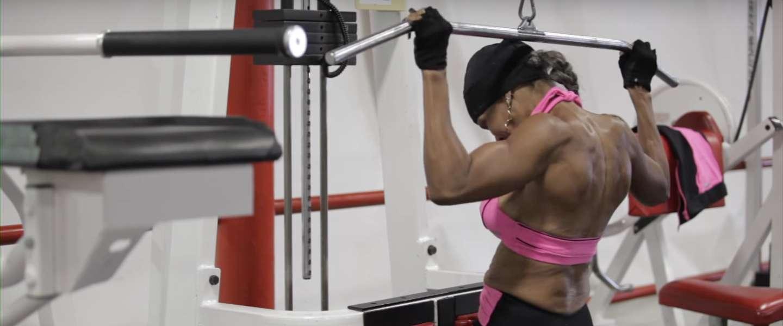 's Werelds fitste oma bodybuilder viert 80e verjaardag