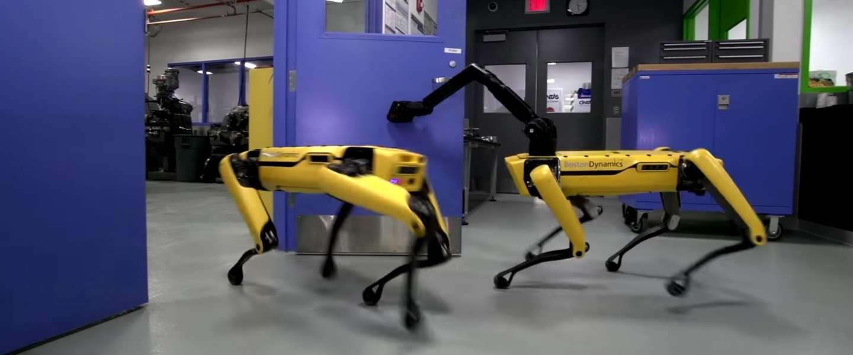 Video: oh help robots kunnen nu ook al de deur openmaken