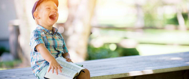 Kinderen krijgen vandaag buiten les op Nationale Buitenlesdag en NK Stoepranden is gestart