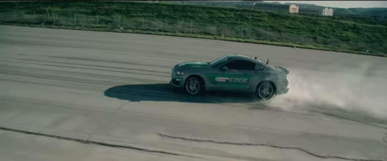 Racen in een echte auto met de Oculus Rift