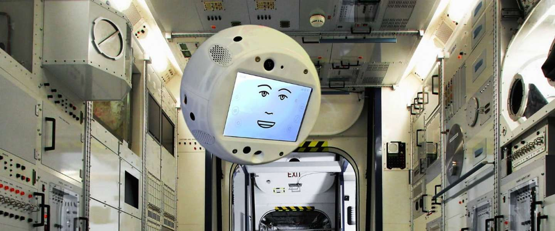 'Vliegende brein' CIMON gaat ISS-astronauten assisteren