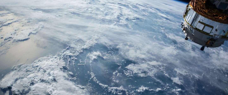 Commerciële ruimtevaart: wie is straks de eerste?