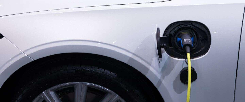 Elektrische auto leasen ? Kijk, maak een proefrit & vergelijk