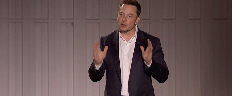 Elon Musk moet aftreden als voorzitter van Tesla, blijft wel nog CEO