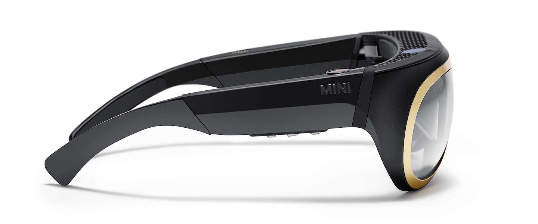 Mini experimenteert met augmented reality bril voor bestuurders