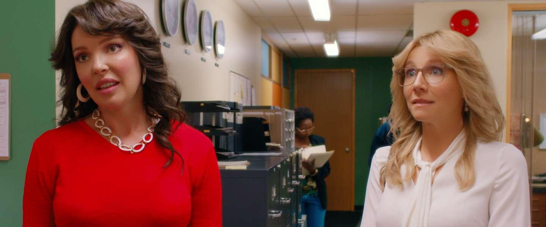 Waarom we zo blij worden van hitserie Firefly Lane op Netflix