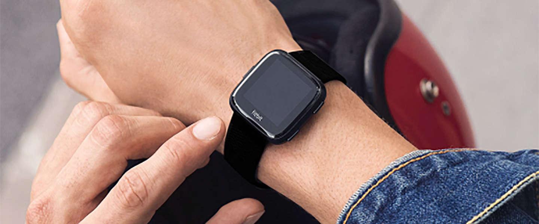 Fitbit zit in de lift door smartwatches