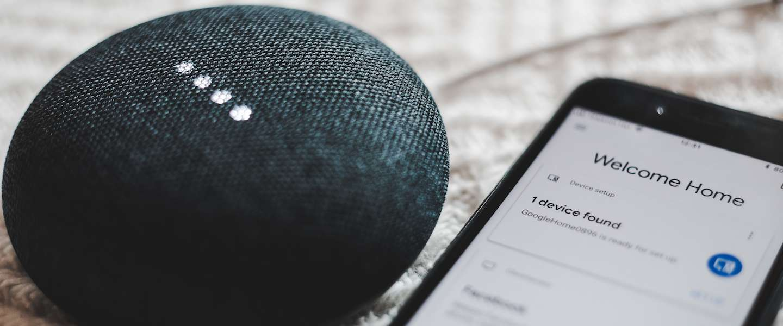 Google Assistent leest nu ook berichten in het Nederlands voor