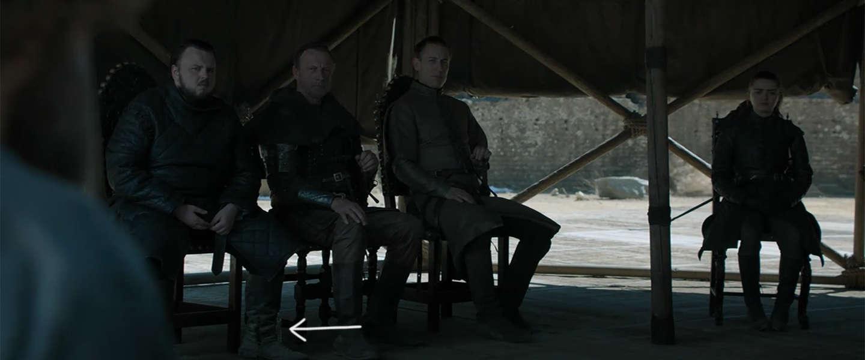 Plastic waterflessen te zien in finale van Game of Thrones