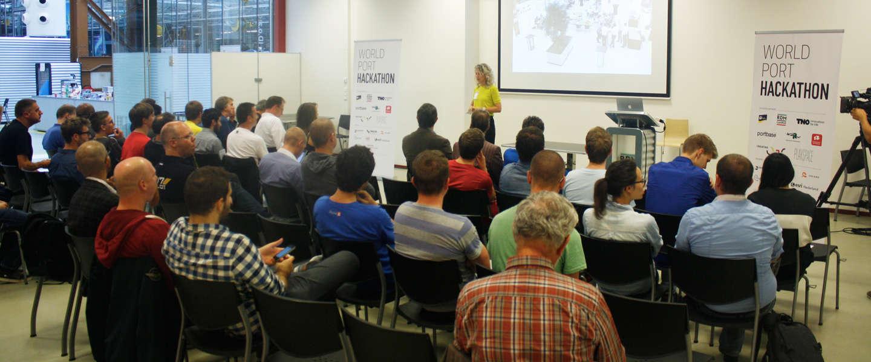 De winnaars bekend! De 24-uurs World Port Hackathon een succes #WPH2014
