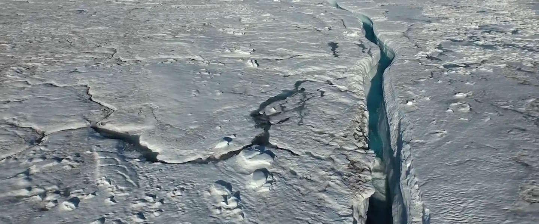 Dronebeelden van smeltende ijskap boven Groenland zijn prachtig maar ook angstaanjagend