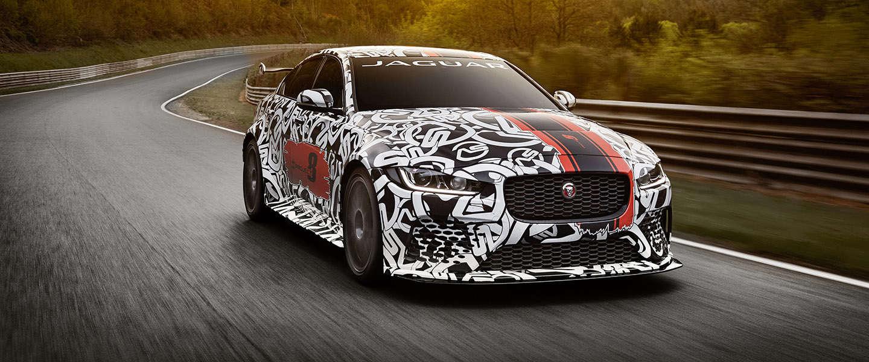 Snelste Jaguar ooit voor op de openbare weg: XE SV Project 8