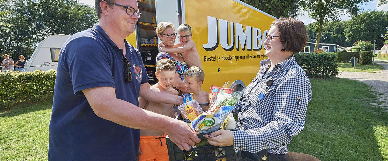 Jumbo opent in Uden het eerste Camping Pick Up Point