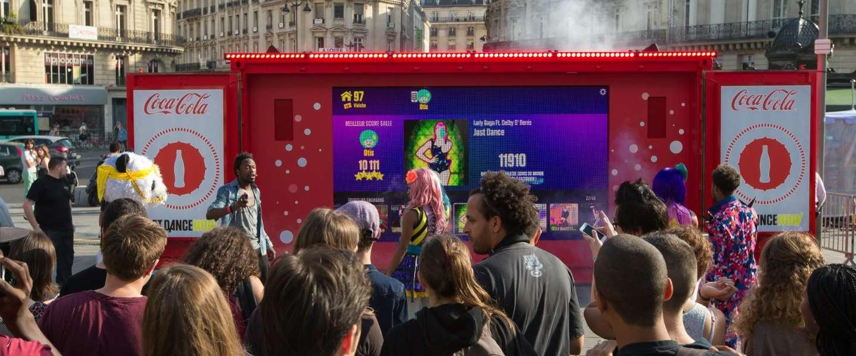 De Just Dance Now campagne van Coca Cola wil jongeren dansend in beweging laten komen