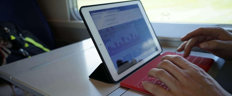 Met de Keys-to-Go van Logitech heb je op reis geen laptop meer nodig #READYSTEADYGO