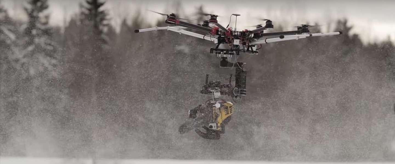 The Killer Drone, een drone met een kettingzaag