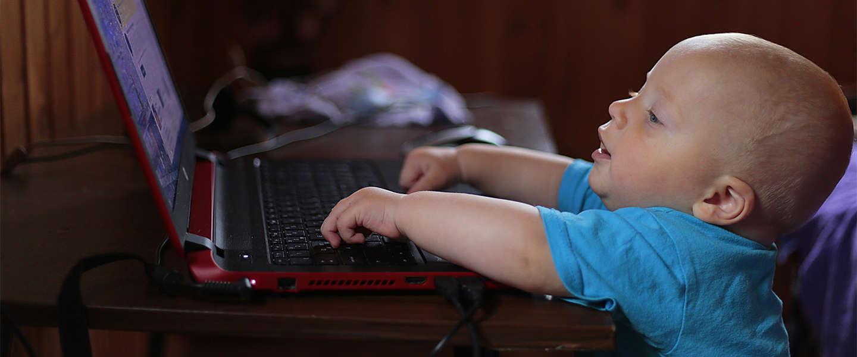 Nog altijd veel zorgen over internetrisico's voor kinderen