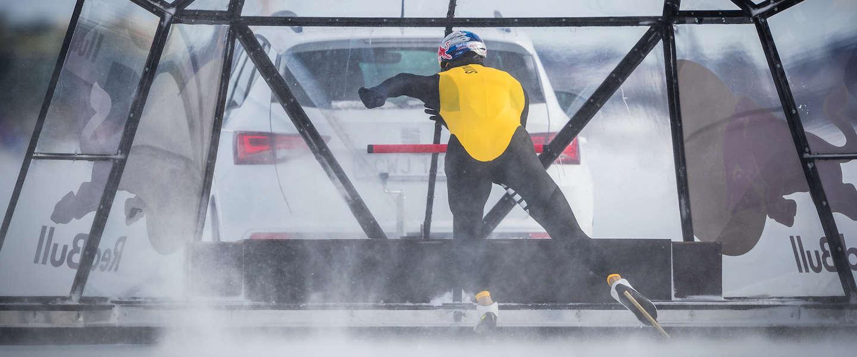 Kjeld Nuis met 93 km/u snelste man ter wereld op de schaats