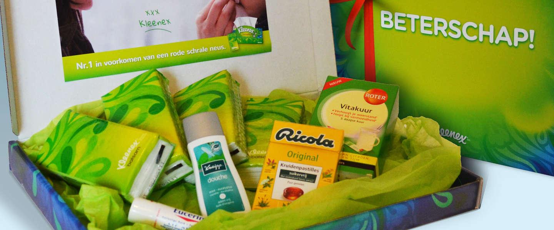 Kleenex geeft verkoudheidspakket weg aan de arme snotteraars