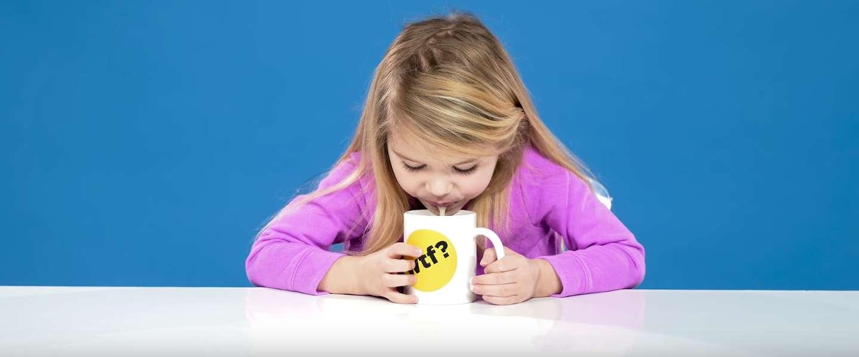 Kids proeven koffie voor het eerst in hun leven