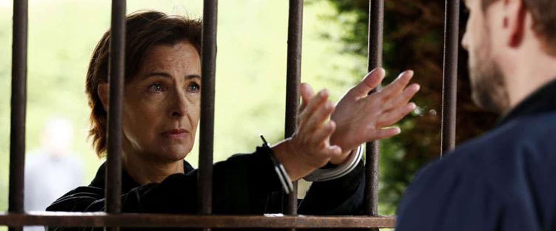 Nieuwe serie Netflix: La Mante, seriemoordenares zoekt copycat