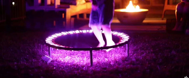 Video: met deze LEDS maak je zelf een oplichtende trampoline