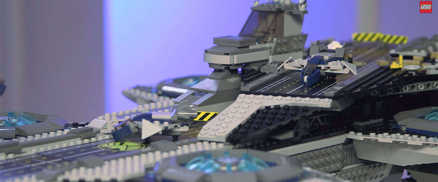 Toys for Boys: De Lego Avengers SHIELD Helicarrier