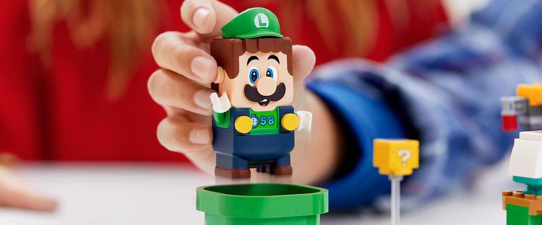 Luigi ontmoet zijn broer in het LEGO Super Mario universum