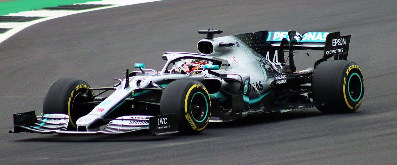 Formule 1 van start: waarom Lewis Hamilton strijdt tegen racisme