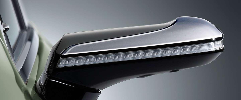 De 2019 Lexus ES krijgt als eerste digitale achteruitkijkspiegels