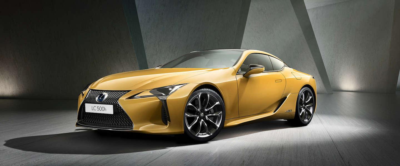 Lexus komt met 4 nieuwe modellen waaronder een hybrid Lexus UX