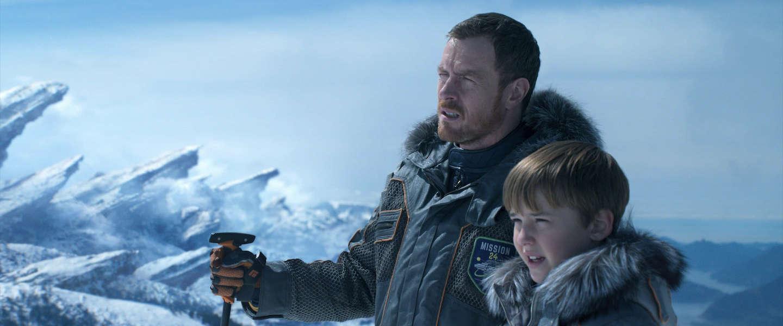 Netflix Lost in Space 'remake' van de sci-fi serie over de familie Robinson