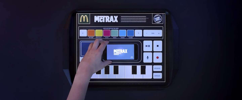 Cool: McDonald's ontwikkelt interactieve placemat McTrax