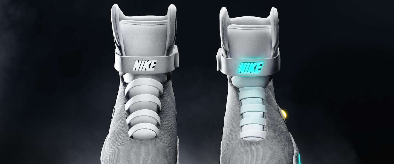 Nike introduceert Nike MAG: een zelfstrikkende sneaker