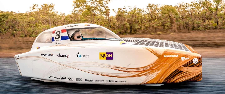 Het Nuon Solar Team is verwikkeld in een spannende strijd!