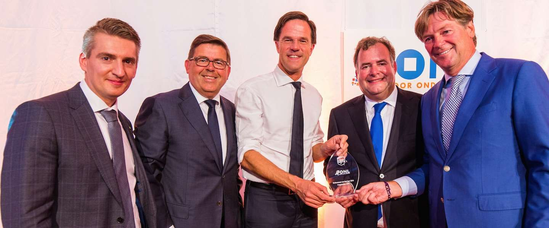 Ondernemer van het Jaar 2016-award uitgereikt
