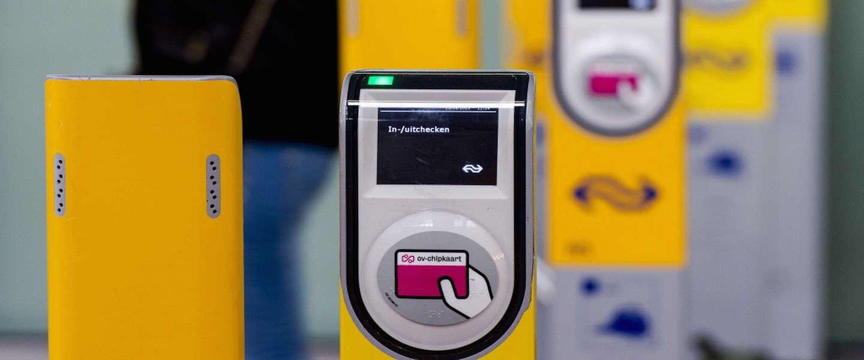 Binnenkort je treinreis betalen met je smartphone of bankpas