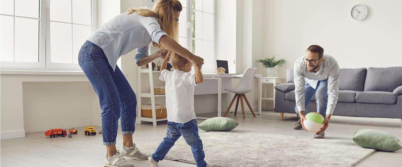 Manieren om nieuwe papa's en mama's online te bereiken