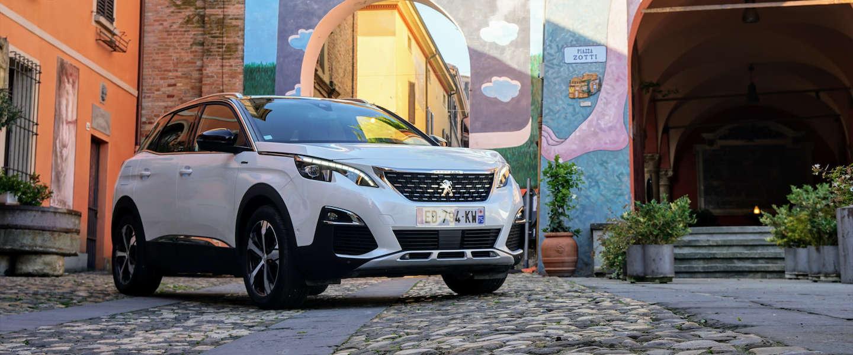 Peugeot 3008 en het succes van auto van het jaar 2017