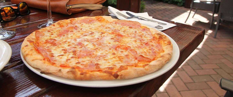 Lunchtijd! Pizza Hut's AI raadt pizza aan op basis van het weer