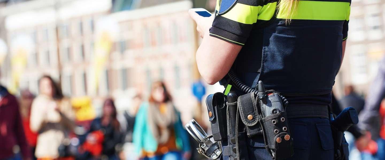 Amsterdamse agenten gaan de straat op met bodycams