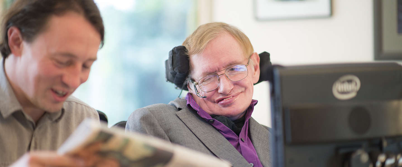 Professor Stephen Hawking en Intel introduceren een nieuw communicatieplatform