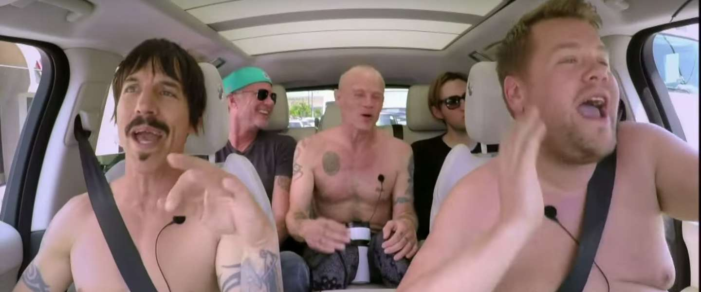 Nieuwe Carpool Karaoke met de Red Hot Chili Peppers
